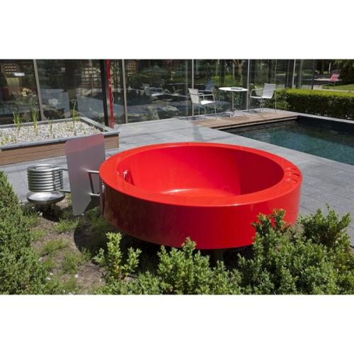 Hot tub 2 0 outdoor badewanne rot von ideal eichenwald - Badewanne outdoor garten ...